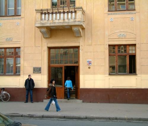 Vchod do knižnice